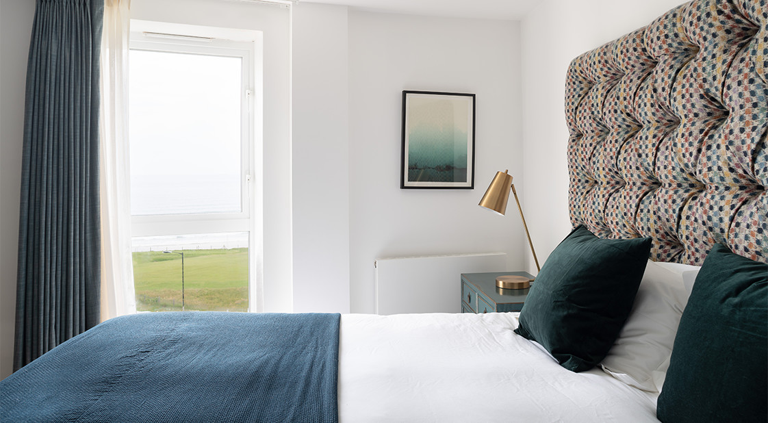 Pentire bedrooms - Poly Joke